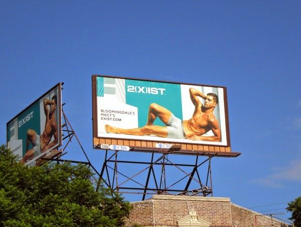 2(X)ist Andre Ziehe trunks billboard
