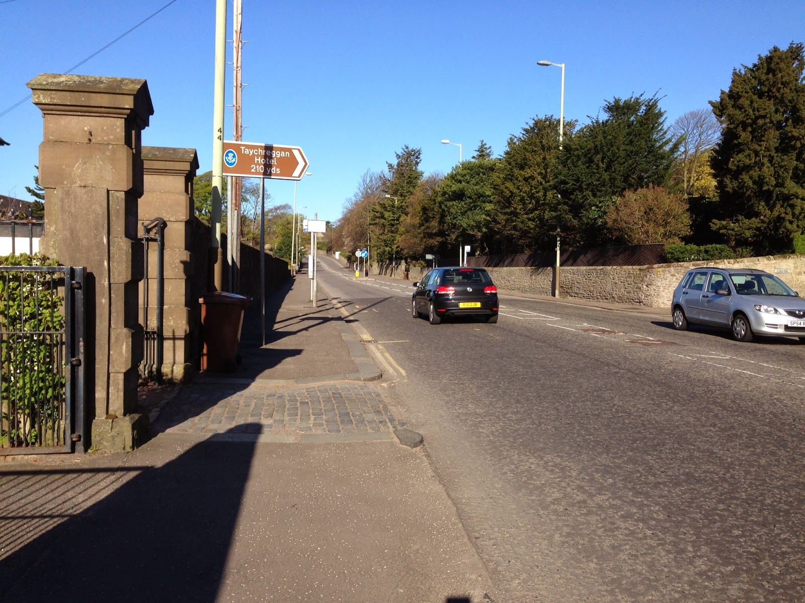 Dundee Road Broughty Ferry looking towards Dundee