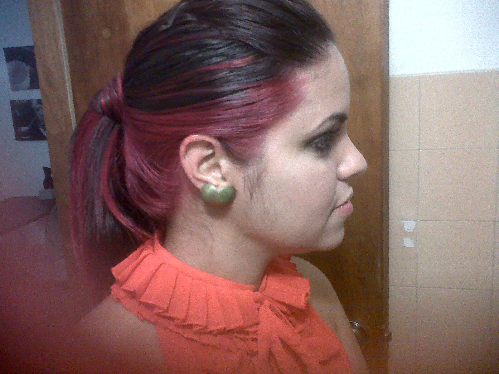 Baño De Color Rojo Sobre Castano Oscuro:Si su tono natural es de color oscuro, sus pigmentos internos siempre