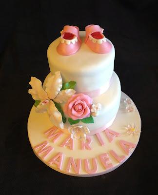 tarta decorada, tarta fondant; tarta bautizo; tarta flores; tarta niña; tarta bautizo niña