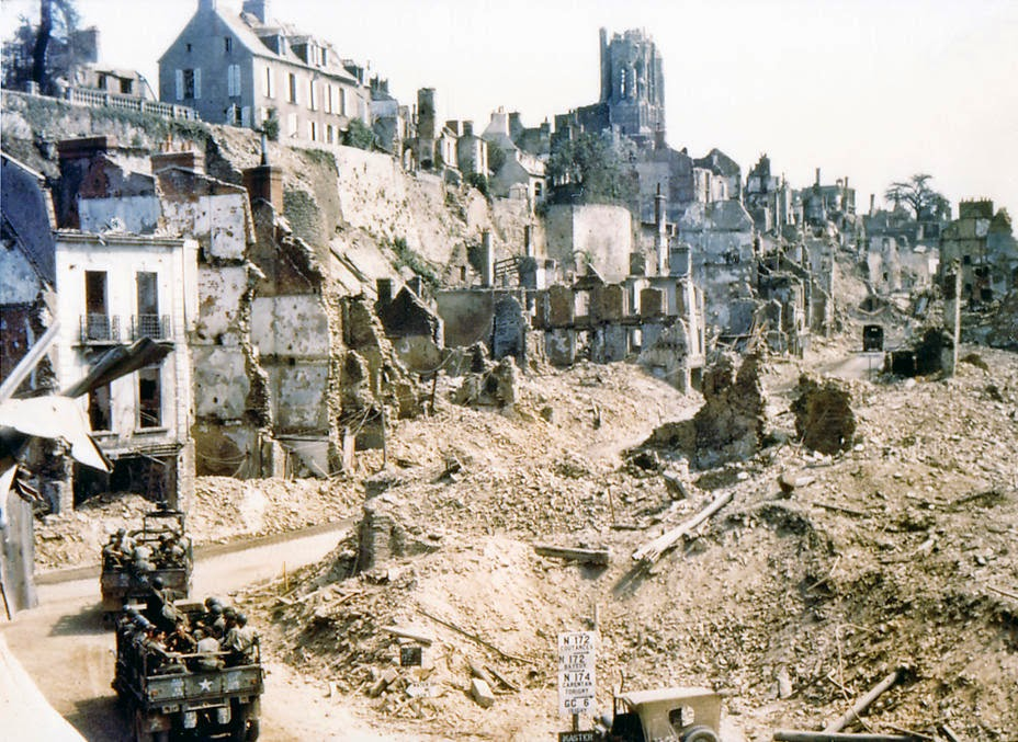 Historical photos ww2 destroyed city for Cities destroyed in ww2