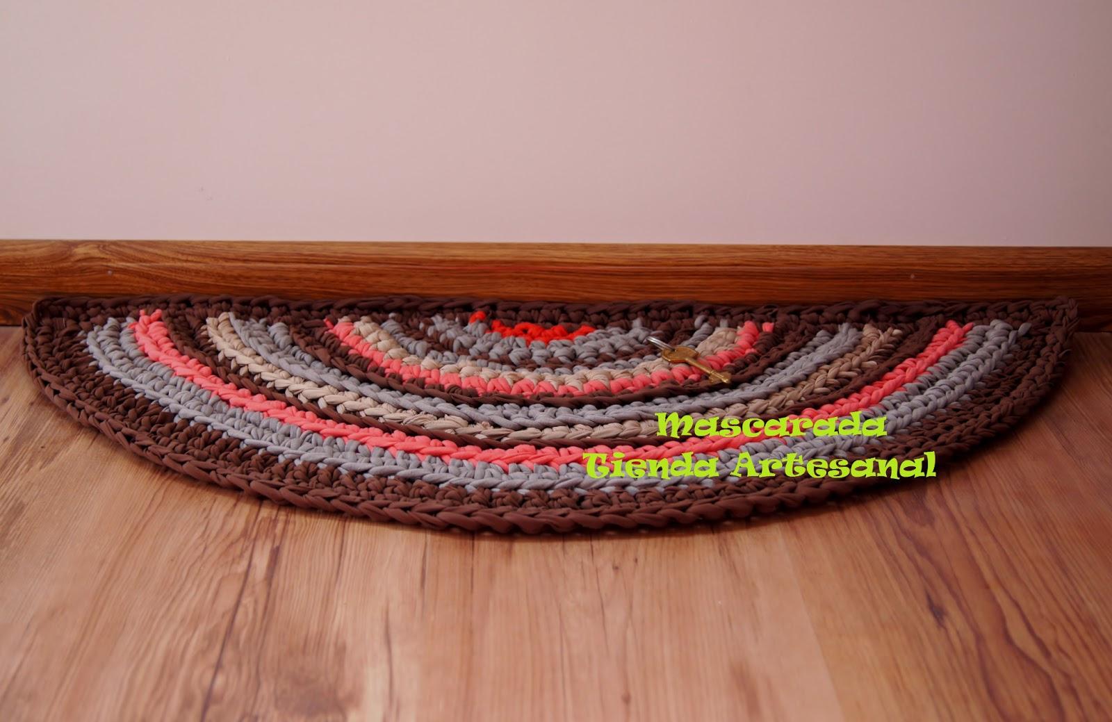 Mascarada tienda artesanal alfombras llenas de color - Alfombra de trapillo cuadrada ...