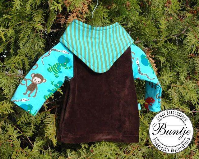 Shirt Pulli Nicki Jersey bio Baby amerikanischer Ausschnitt Farbenmix Zwergenverpackung 50/56 braun türkis Affen Lillestoff handmade nähen Buntje Halstuch