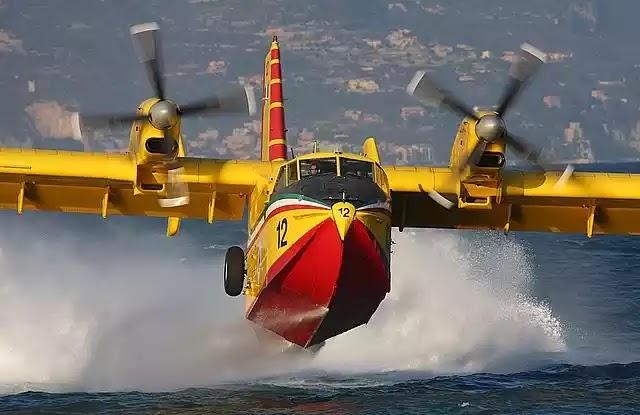 Με έξι Canadair προσπαθούν να σβήσουν 91 φωτιές σε όλη την Ελλάδα!