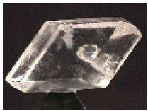 Contoh gambar batuan mineral Gipsum yang bersifat sectile
