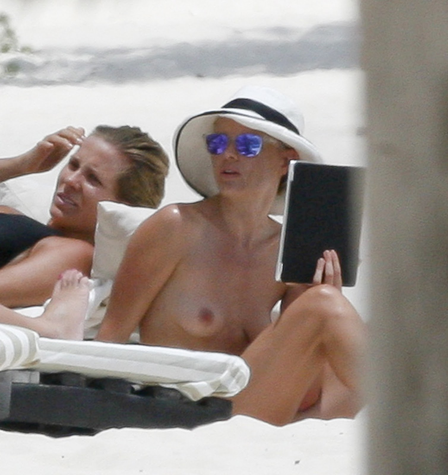 from Vicente kate bosworth nude beach