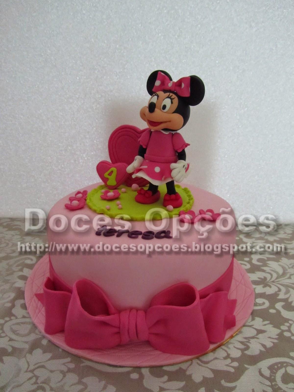 Bolo com a Minnie para o aniversário da Teresa