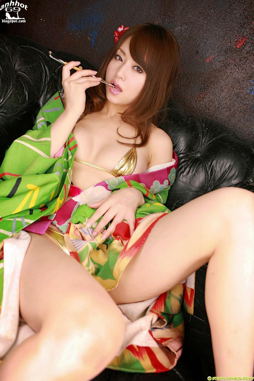 akiho-yoshizawa-00517868