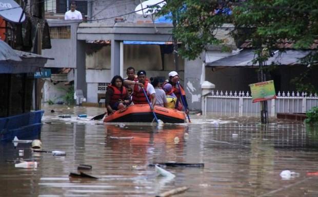 12 Meninggal Akibat Banjir Jakarta