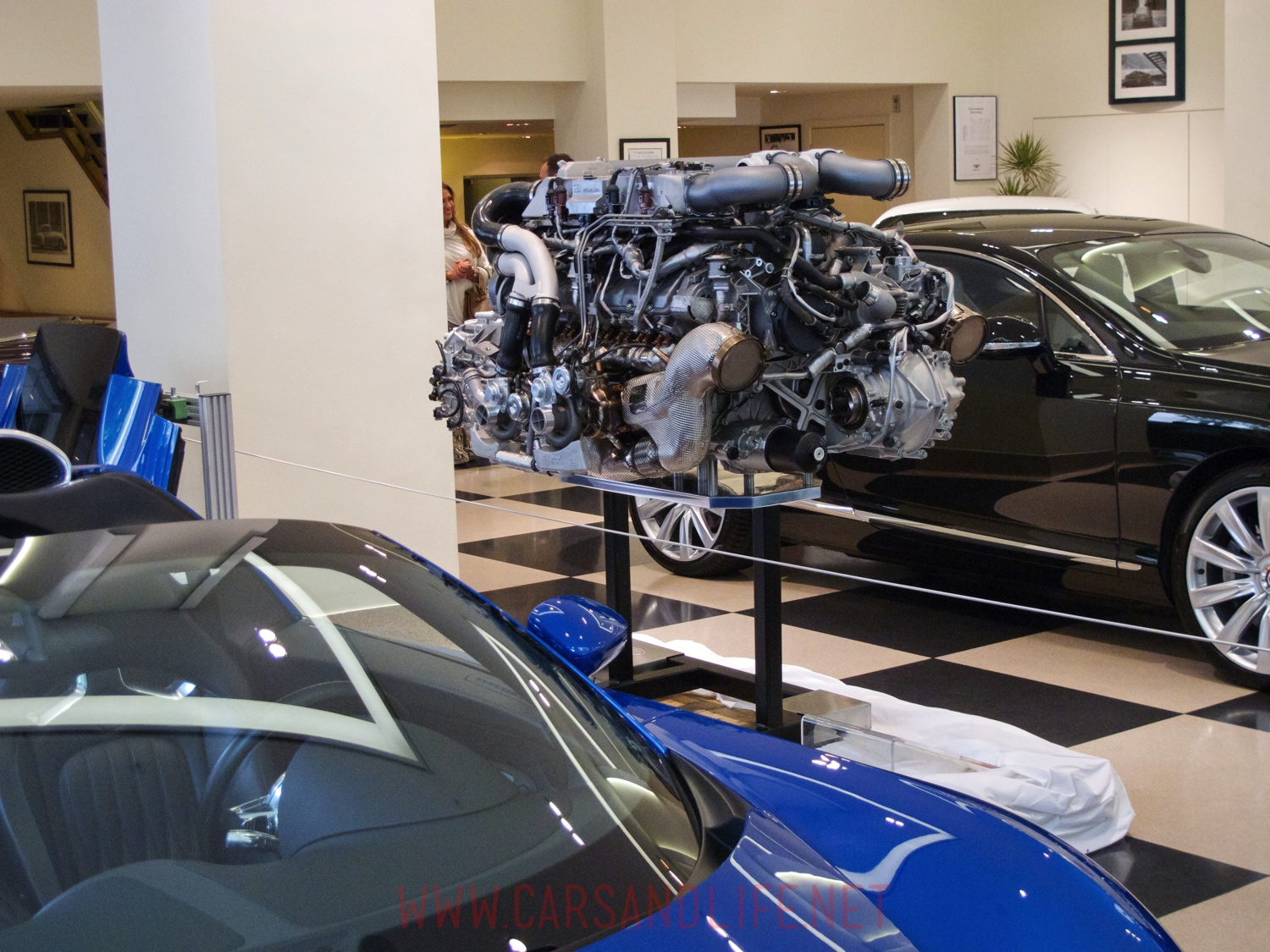 bugatti veyron w16 engine and gearbox at hr owen london. Cars Review. Best American Auto & Cars Review