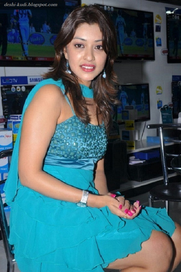 tamil actress hd wallpapers free downloads payal ghosh