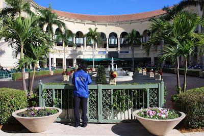 Paradeplatz in der Gulfstream Mall in Fort Lauderdale, Florida © Copyright Monika Fuchs, TravelWorldOnline