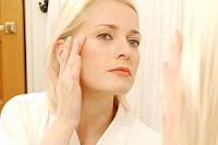 Folosirea incorecta a cosmeticelor accelereaza imbatranirea pielii