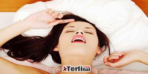 Foto Expresi Wajah Wanita Saat Orgasme