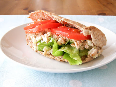 Vegan Chicken Salad Pitta
