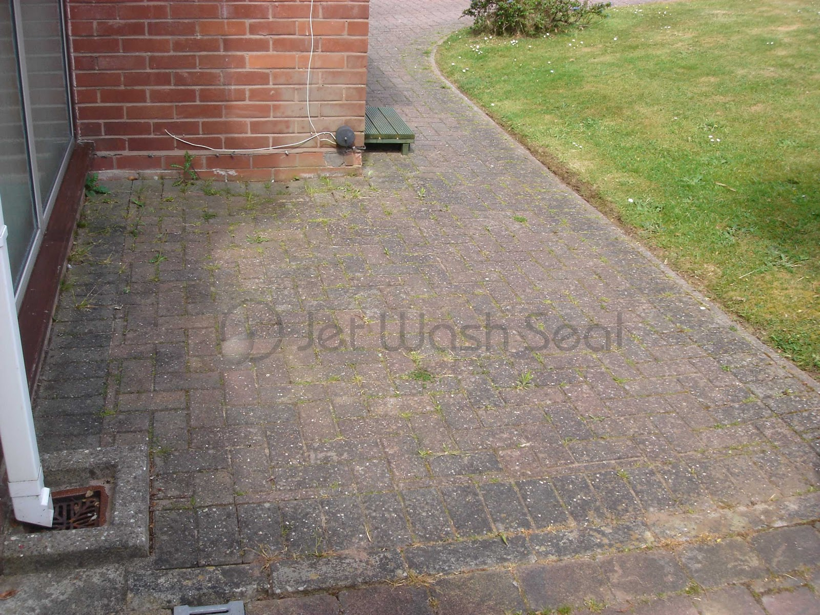 The Best Solution To Keep Driveways Free From Weeds And Protected From Oil  Stains Is To Seal Them With A Good Quality Sealer. As Registered Installers  Of ...