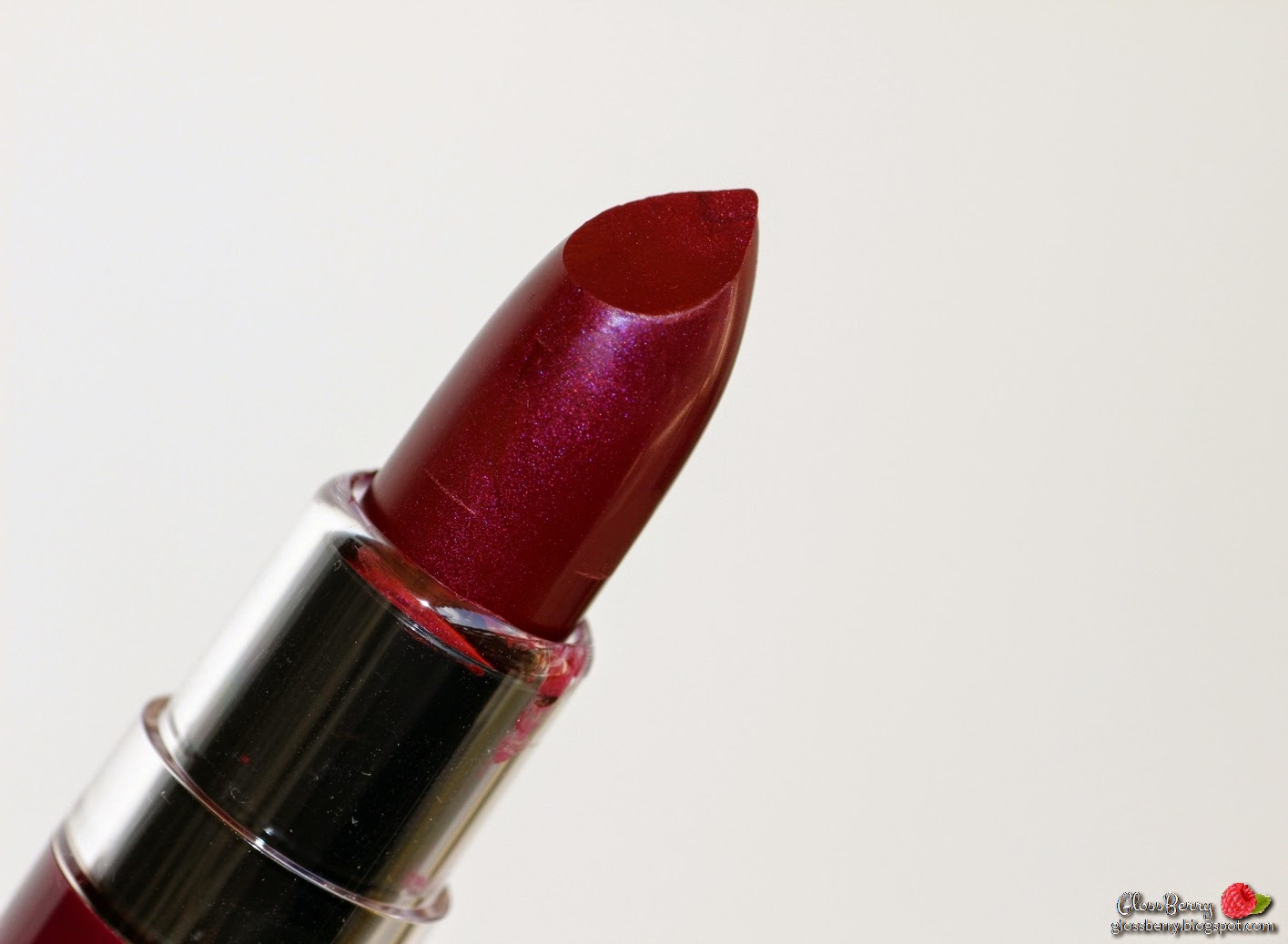 NYX Butter Lipstick - Licorice BLS11 review swatches שפתון ניקס כהה בלוג איפור וטיפוח סקירה גלוסברי