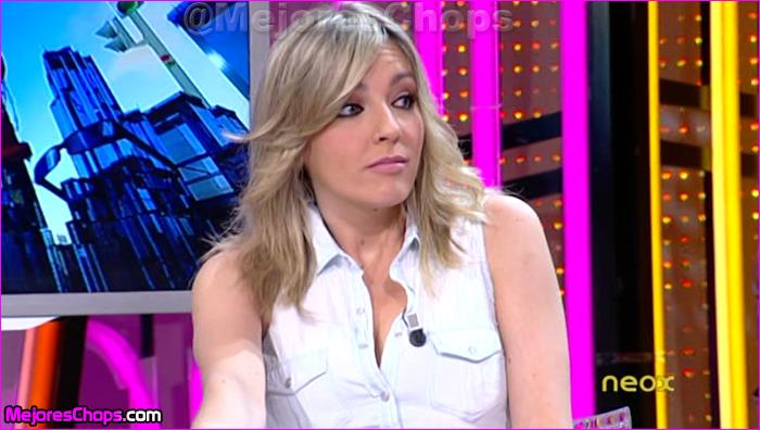 Anna Simon Con Una De Sus Camisas Botones Pero Tal Y O Le