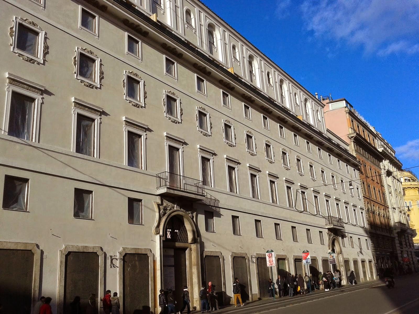 roma shop more lavori fermi al cantiere de la