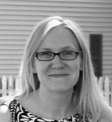 Julie Elak <br>Designer
