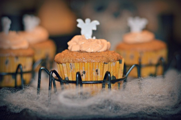 Cordier Events Pumpkin Spice Cupcakes spider web display