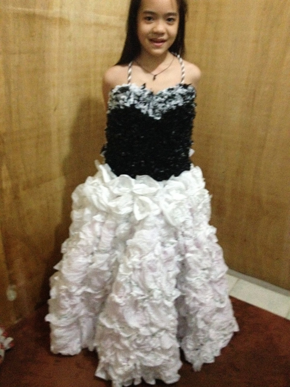Recycled Gowns and Dress: September 2014