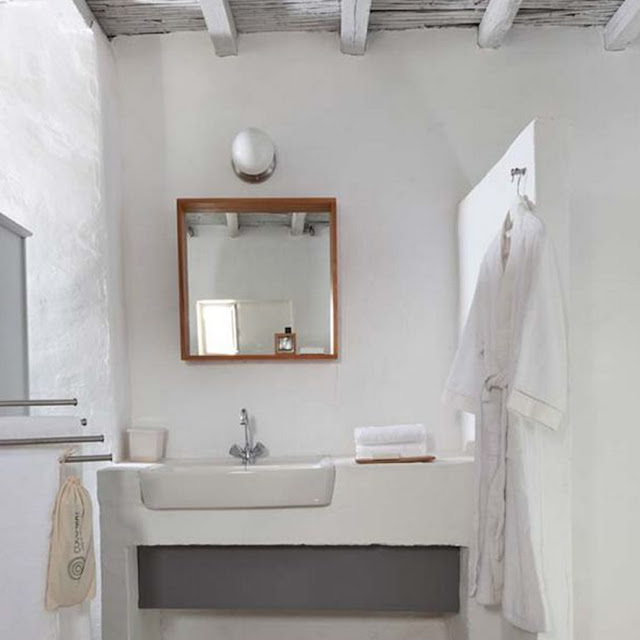 cyclades deco, bathroom ideas - the round button blog