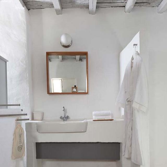 cyclades deco, bathroom ideas - the round button blog