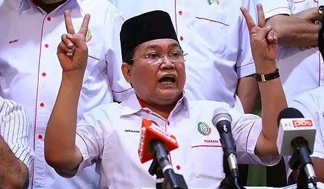 BUKAN JADI MANGSA BULI PERKASA cadang PAS ketuai Pakatan Rakyat jika mahu sistem 2 parti