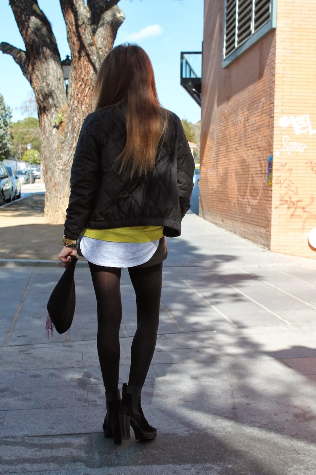 Look, Street style, moda, fashion style, yellow, shorts, bomber, CarmenHummer Style