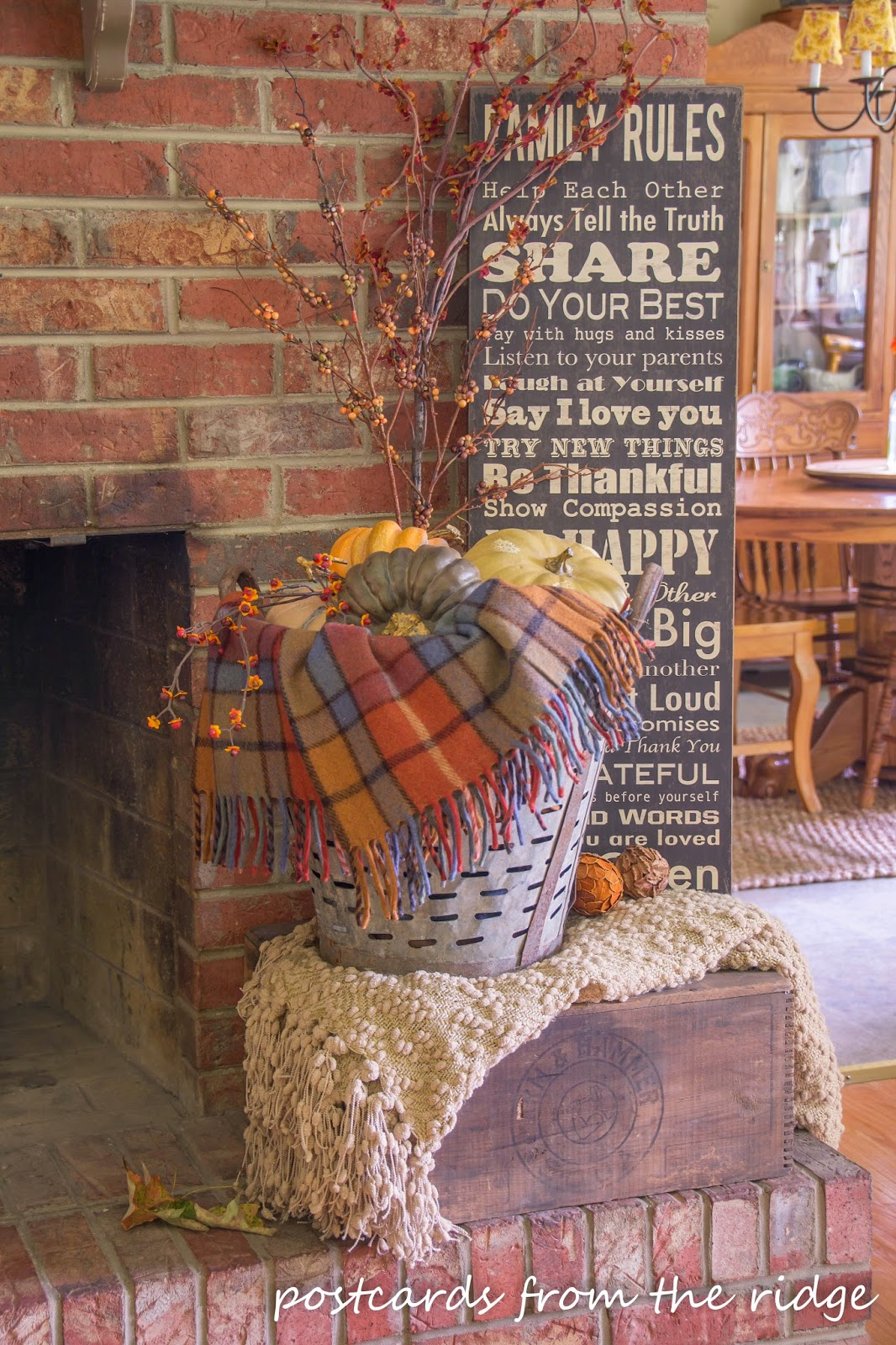 Vintage themed fall decor and Fall home