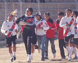 Recordando el 20 de Noviembre del 2010 sugiero: día del jugador potosino de Nacional Potosí