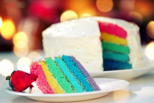 http://aoao2.deviantart.com/art/Rainbow-cake-258985318