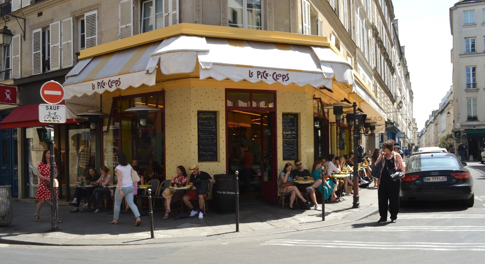 Paris eats in Le Marais lunch food at Pick Clops cafe