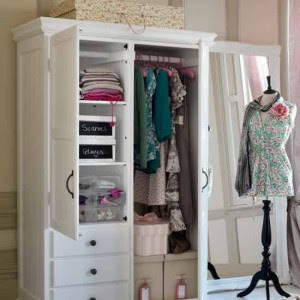 Small Dressing Room Ideas