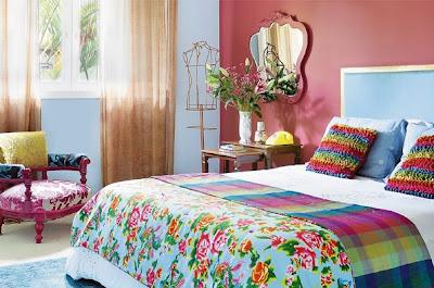 colorido, pequeno, poltrona, almofadas, pintara parede, cores da parede