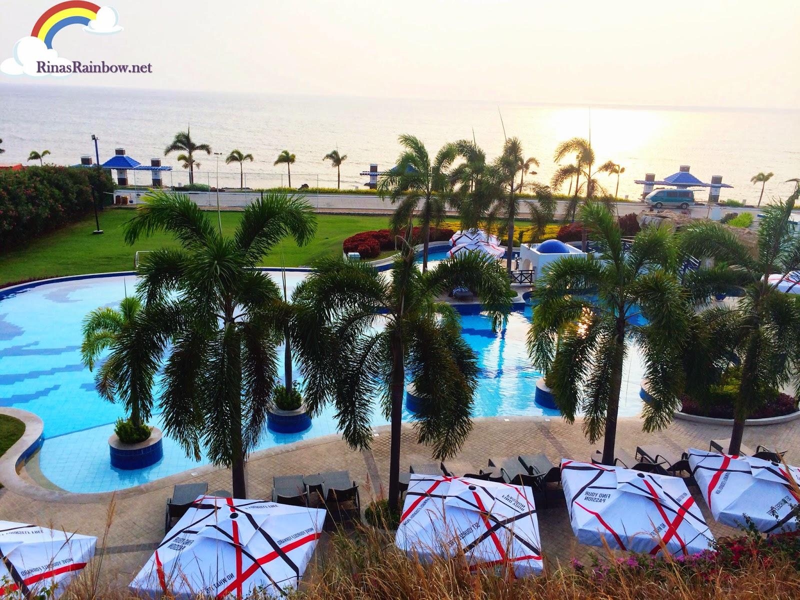thunderbird resort pool