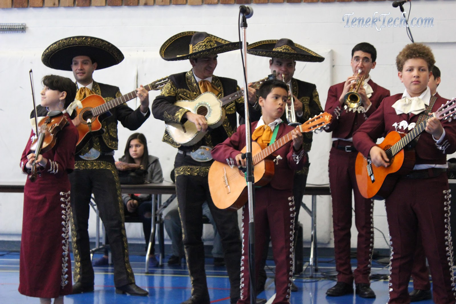 """hispanic singles in hansen Hispanics and the shaping of america by amanda hansen 2/14  """"hispanic influence on music ranked second in  singles and those who are employed tend ."""