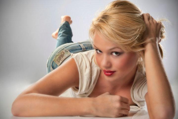 Rebecca Kim Lekse,miss earth slovenia 2011