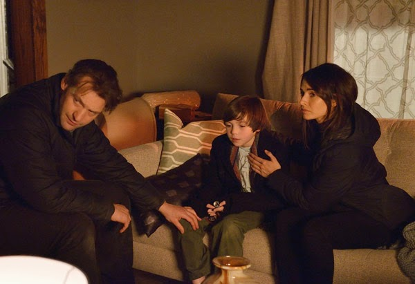 Corey Stoll, Ben Hyland and Mía Maestro as Dr Eph Goodweather, Zach Goodweather and Dr Nora Martinez in FX The Strain Season 1 Episode 9 The Disappeared