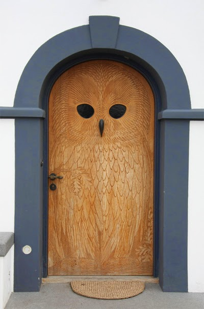 the main gate with cute owl | Manufacturers Outdoor Furniture