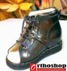 Sepatu Orthopaedi