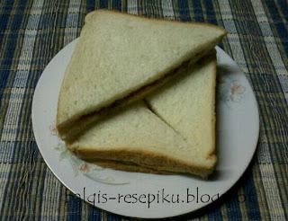 Roti Sandwich Sardin