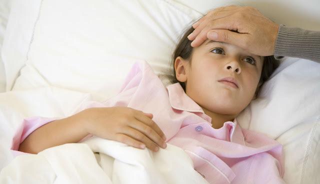 Trik Turunkan Demam Anak Tanpa Obat Kurang dari 5 Menit