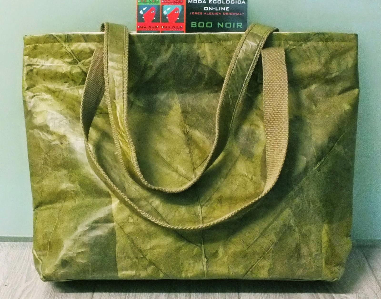 ropa ecologica bolsos  de hojas