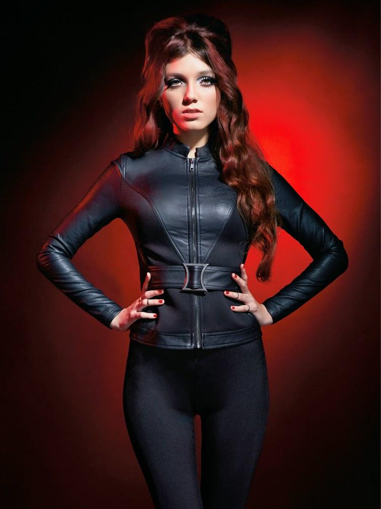 Marvel lança roupas femininas inspiradas nos Vingadores - Jaqueta Viúva Negra