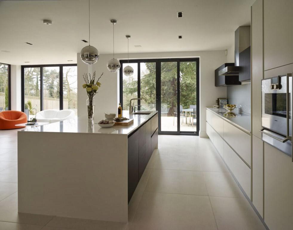 Un dise o actual que no sacrifica la funcionalidad - Cocina blanca y gris ...
