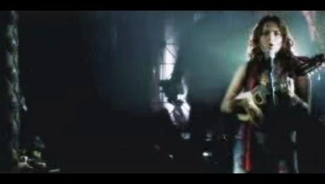 Videoclip Oficial de Mirella Cesa – El Amor Es