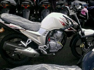 cool motorcycle 1000cc  New yamaha scorpio