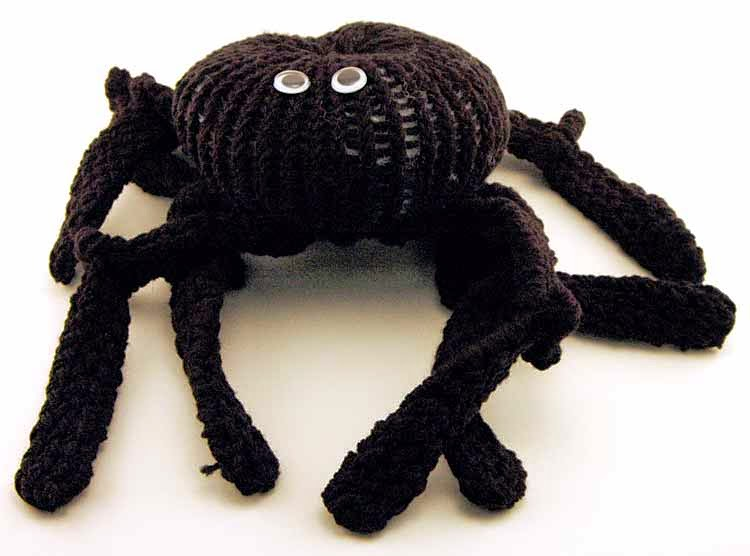 Knifty Knitter Black Spider